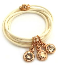 Wir lieben es: Lederarmband White Rosè - Armband aus edlem Nappaleder im Elfenbeinton mit SWAROVSKI ELEMENTS Chatons in Rosègold