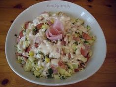 Η Εύη μαγειρΕύη: ΕΥΚΟΛΗ ΜΑΚΑΡΟΝΟΣΑΛΑΤΑ Yummy Mummy, Greek Recipes, Potato Salad, Salads, Food And Drink, Pasta, Cooking, Ethnic Recipes, Salad