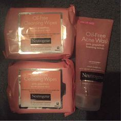 Neutrogena wipes and… ($15) is on sale on Mercari, check it out! https://item.mercari.com/gl/m351904197/