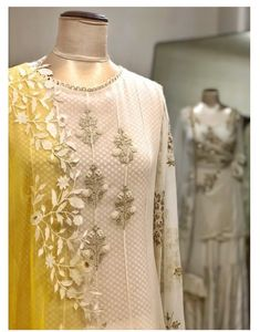 Pakistani Wedding Outfits, Pakistani Dresses, Indian Dresses, Indian Outfits, Salwar Designs, Kurta Designs Women, Blouse Designs, Indian Party Wear, Indian Bridal Wear