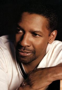 Denzel Washington - sooooo handsome !!!! <3 <3 <3