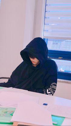 """"""" Jungkook looked at you with his soft sadden eyes. Jungkook: """"ENOUGH? Foto Jungkook, Jungkook Oppa, Bts Bangtan Boy, Taehyung, Foto Bts, Jeongguk Jeon, Min Yoonji, Jungkook Aesthetic, Bts Backgrounds"""