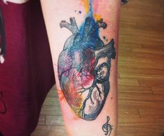 Details behind the watercolour in this anatomical heart by Kym Munster.