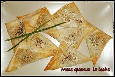 Piropitakias griegos mira la receta en http://mesequemalaleche.blogspot.com.es/2012/11/piropitakia.html