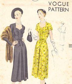 Vintage 1950s dress pattern  Vogue 7003