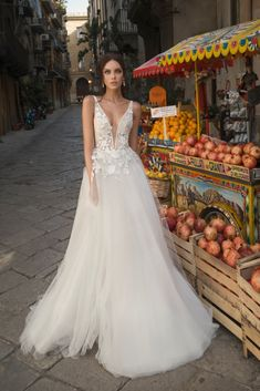 3d9165eea7d859 LITE COLLECTION DM - Omella Сукня Нареченої, Весільні Сукні, Весільна  Колекція, Мода,