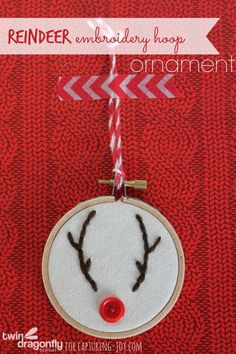 How cute is this easy to make Reindeer Embroidery Hoop Ornament? Great holiday craft that will be so cute on your Christmas tree! Reindeer Ornaments, Diy Christmas Ornaments, Christmas Fun, Ornaments Ideas, Country Christmas, Holiday Fun, Embroidery Hoop Crafts, Hand Embroidery Designs, Vintage Embroidery