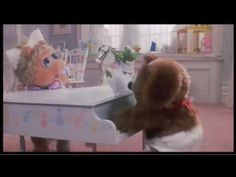 I'm Gonna Always Love You - The Muppets Take Manhattan, 1984    I DO NOT OWN THIS VIDEO.  NO COPYRIGHT INFRINGEMENT IS INTENDED.