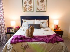 The Art of Showcasing Art Above the Bed