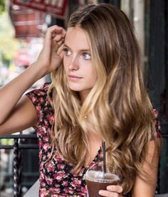 Beautiful hair cut and color shiny mid length hair dirty blonde hair color - beautiful b beautiful blonde color cut dirty hair length mid shiny # Beautiful Haircuts, Pretty Hairstyles, Everyday Hairstyles, Ponytail Hairstyles, Balayage Hair, Ombre Hair, Bronde Haircolor, Beautiful Hair Color, Mid Length Hair