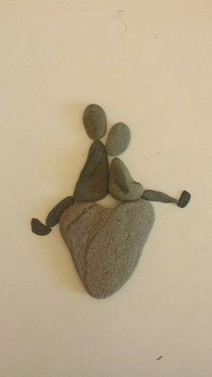 of the Best Creative DIY Ideas For Pebble Art Crafts - stone art - Kunst mit Gemischten Medi Stone Crafts, Rock Crafts, Arts And Crafts, Art Crafts, Pebble Painting, Stone Painting, Diy Painting, Art Rupestre, Art Pierre