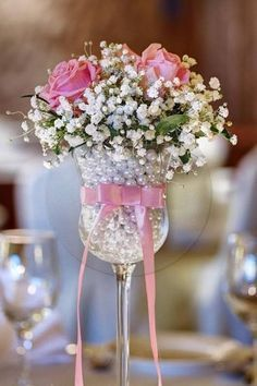 beautiful romantic decoration, roses, pastell, glass, schleife, rosa, rosen, schleierkraut, wedding hochzeit, love this arrangement