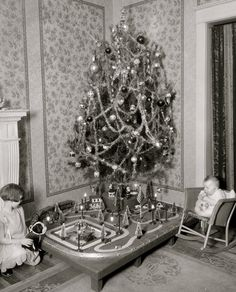 b/w Christmas