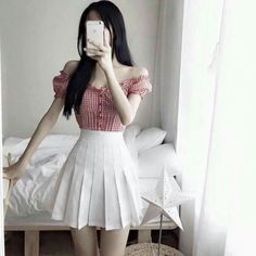 Korean Fashion Looks .Korean Fashion Looks Teenager Fashion Trends, Teen Fashion Outfits, Girly Outfits, Mode Outfits, Cute Casual Outfits, Pretty Outfits, Fashion Hacks, Fashion Brands, Fashion Tips