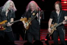 Gary Richrath rejoined REO for a benefit concert in 2013