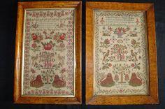Exceptionnelle paire de samplers brodes par deux soeurs Edith et Mary Burgess 1837 1841