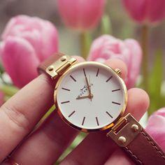 Gotta love the Luxury Gold Mockberg watch <3
