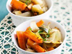 Kasvislisuke  Suvi Laine Cantaloupe, Carrots, Fruit, Vegetables, Food, Carrot, The Fruit, Veggies, Vegetable Recipes