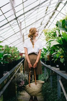 Nadia || Greenhouse styled shoot