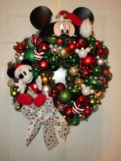 oohh my love of disney & christmas!
