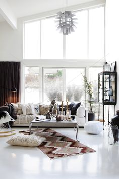 Love the space. Would decorate more modern & luscious