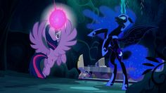 Twilight Escapes From Nightmare Moon - My Little Pony: Friendship Is Mag...