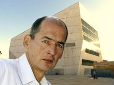 SAP Releases Rare Images of Architecture 'Selfies' | Rem Koolhaas at Casa da Música in 2005