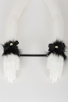 5541bc37fe7 Ritsy Marabou Handcuffs - Fräulein Kink Private Access - 1 Body Chains