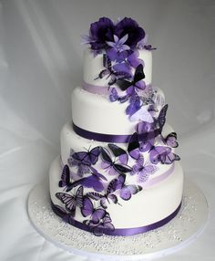 20 Mixed Purple Butterflies great for Wedding Cakes...... I love this cake.....I want it!!