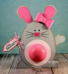 Here's our pick of 30 fantastic Easter gifts for adults. Make sure it's not all about the kids and make some Easter Crafts for Adults! Easter Presents, Little Presents, Easter Gift For Adults, Happy Easter, Eos Lip Balm, Diy Ostern, Easter Activities, Cute Gifts, Tiny Gifts