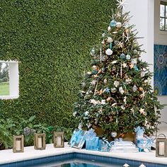 For a whimisical look with strong visual impact, choose oversize ornaments.