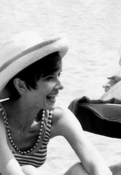 Audrey Hepburn on the set of Two for the road, 1967
