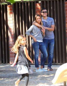Jessica Alba & Family: Park Playdate