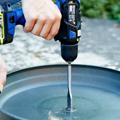 How to Build an Outdoor Zen Garden Water Fountain Drill a hole in the plastic saucer. Patio Water Fountain, Bird Fountain, Garden Water Fountains, Water Garden, Concrete Fountains, Outdoor Fountains, Diy Water Feature, Backyard Water Feature, Ponds Backyard
