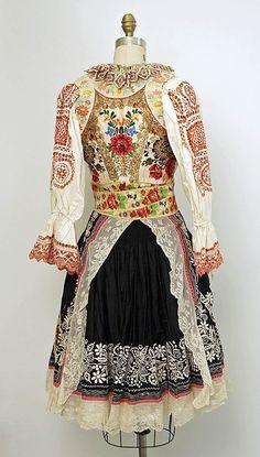 Slovakian dress