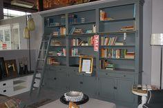 Boekenkast  #bookshelve #bookcabinet #interior #interiorstore #books #dream #meubelsenmeer #mijdrecht #interieurwinkel #inrichting #boekenkast  #stijl  #sale