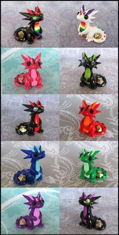 Micro Dice Dragons by DragonsAndBeasties on DeviantArt Polymer Clay Dragon, Polymer Clay Figures, Polymer Clay Animals, Cute Polymer Clay, Cute Clay, Polymer Clay Charms, Polymer Clay Projects, Polymer Clay Creations, Clay Crafts