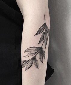 19 Exotic Leaf Tattoos on Arm for Girls and Women