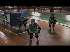 Roller Derby Destructive Blocking With San Diego Derby Dolls; Isabelle Ringer breaks down the fundamentals of destructive blocking using a squat into a shoulder or booty hit Derby Time, Derby Day, Roller Derby Drills, Skates, San Diego, Track Roller, Puppy Supplies, Fast Workouts, Sporty Girls