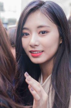 Kpop Girl Groups, Korean Girl Groups, Kpop Girls, Tzuyu Body, Twice Tzuyu, Chou Tzu Yu, Twice Once, Dance The Night Away, Saranghae