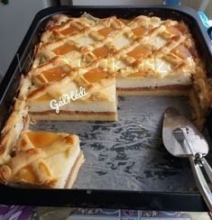 Karantén szelet Apple Desserts, Fall Desserts, Cookie Desserts, Hungarian Desserts, Hungarian Recipes, Baking Recipes, Cake Recipes, Kolaci I Torte, Cooking Cake