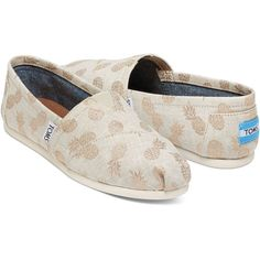 Gilded Pineapples Women's Classics | TOMS ($55) ❤ liked on Polyvore featuring shoes, pineapple shoes, toms footwear, pull on shoes, slip-on shoes and toms shoes