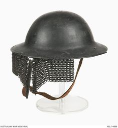 Mk I steel helmet with second pattern Cruise visor : British Army.