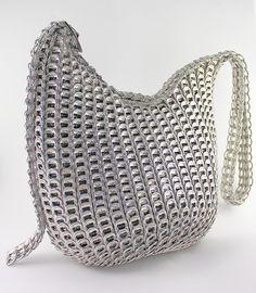 Aahhh genious: Recycled Soda Tab Bag. Gotcha! by @alessandramar1