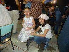 Fer e Aninha na festa junina de 2012 na Escola Ilhabela, em Campo Mourão.