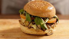 Hambúrguer de quinoa e cogumelo