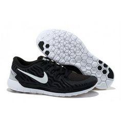 official photos 3b8f5 d08f7 Mens Nike Free 5.0 V2 Black White
