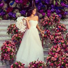 Gorgeous Bride, Gorgeous Flowers