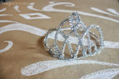 frozen birthday party, pipe cleaner tiara