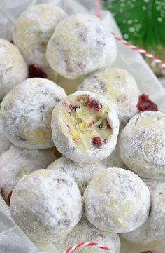 Cranberry Pistachio White Chocolate Truffles